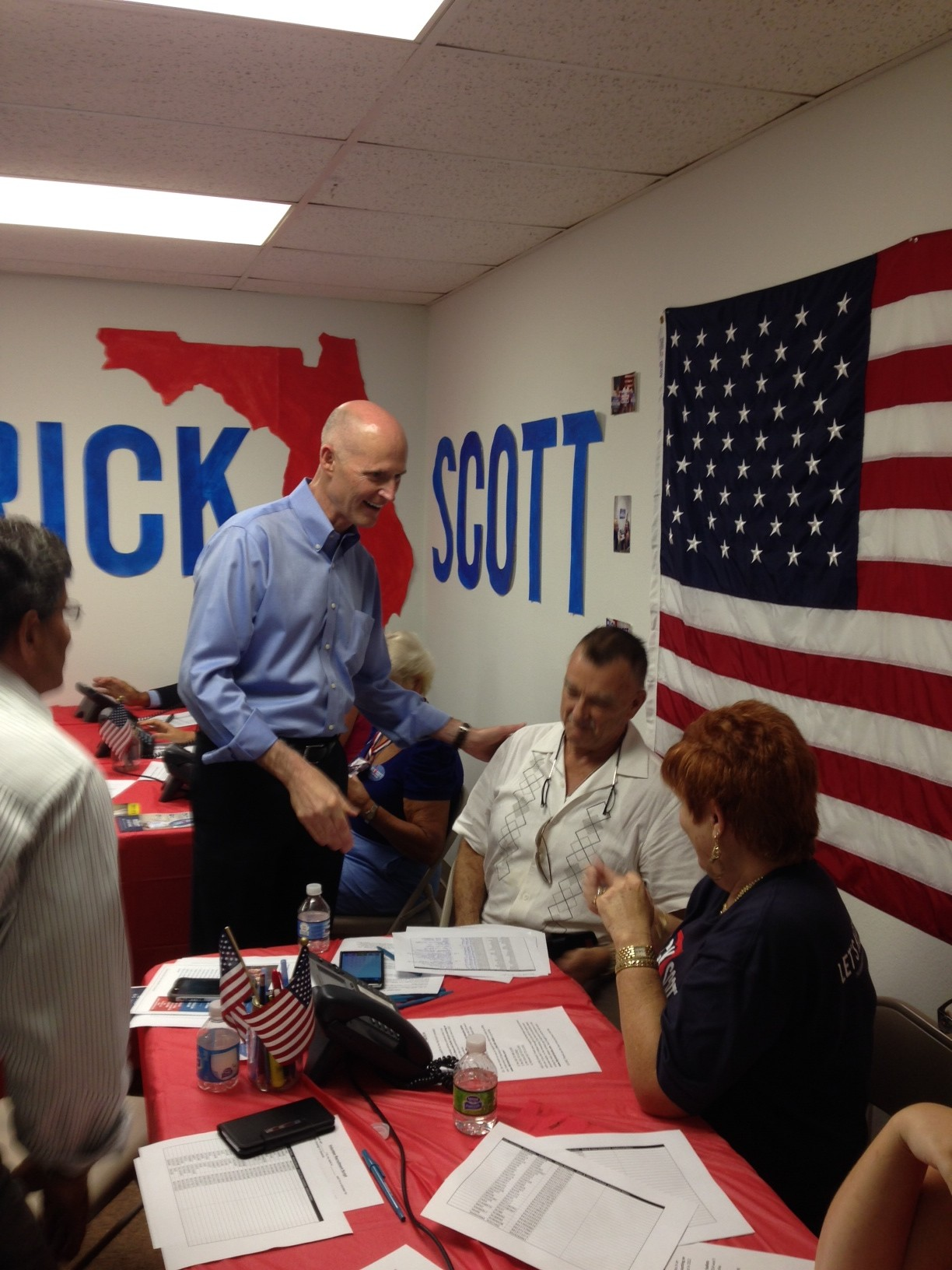 Rick Scott meeting volunteers
