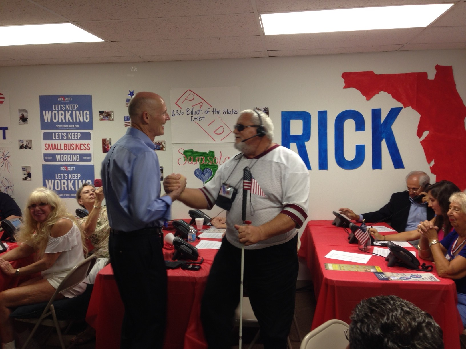 Rick Scott with Veteran